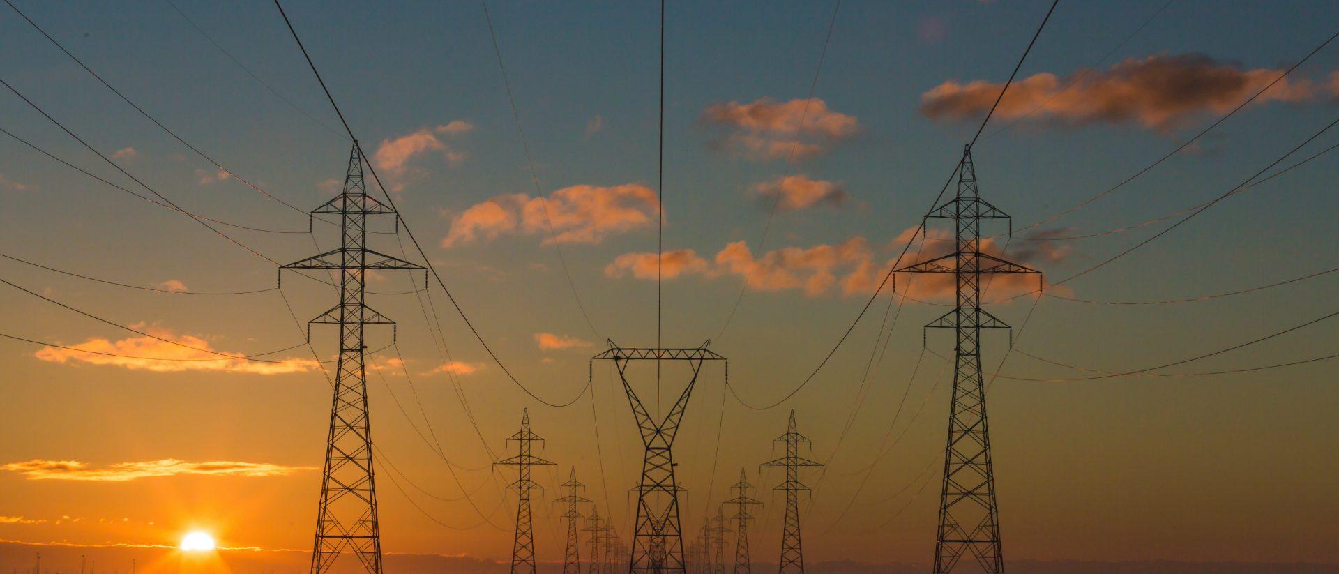 matthew-henry-134263 unsplash power lines crop sm